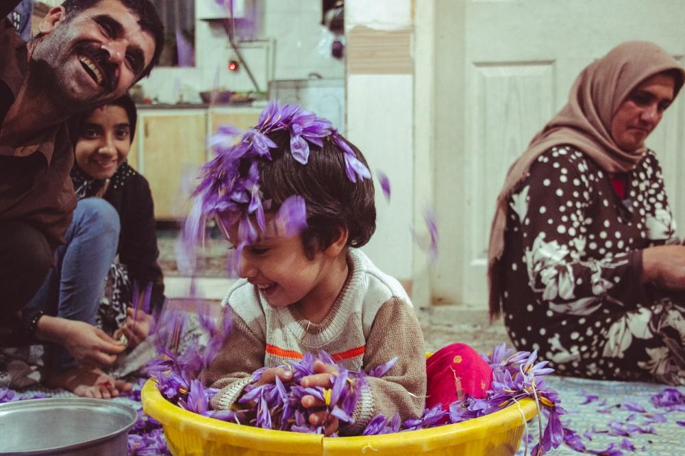 Se zbytky květů šafránu si nejlépe vědí rady nezbedné děti :)